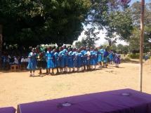 Aufführung im Rahmen des Jahresabschlussevents der Uhola Primary School