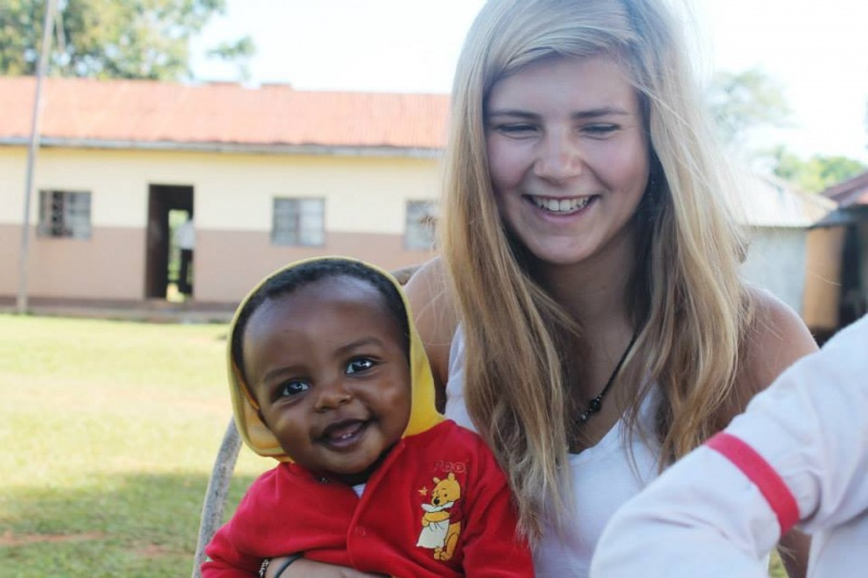 Tabitha Stimpfle und Leo Omondi in Uhola, Kenia, 2013