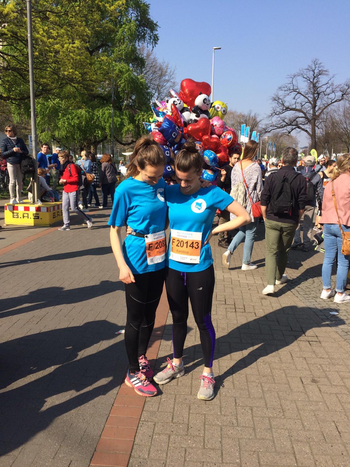 Ein Marathon für Uhola_Karo und Theresa