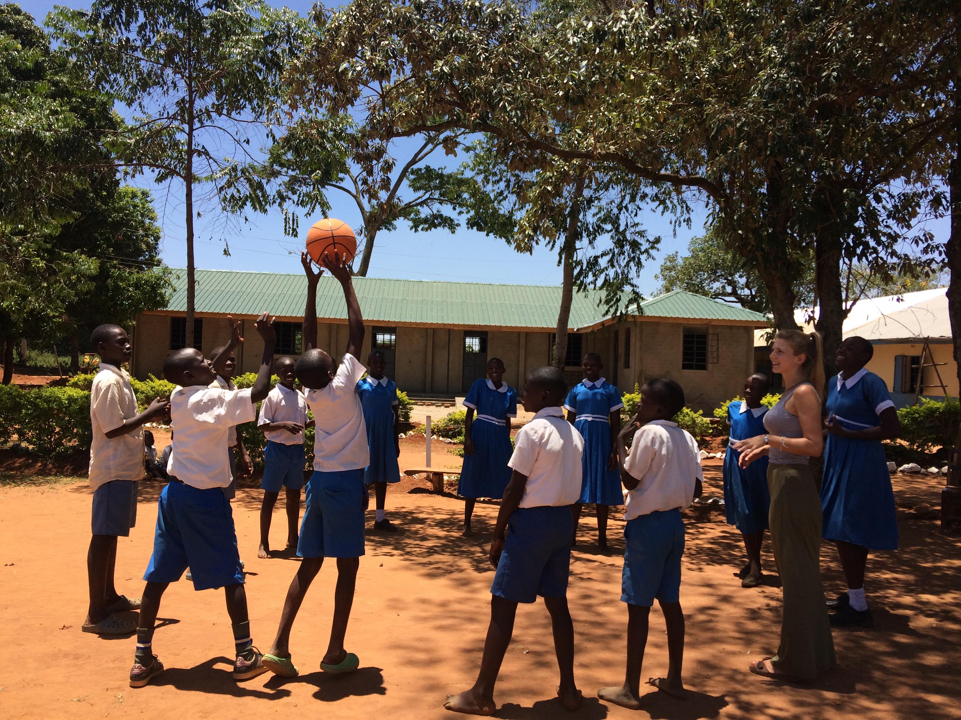 Bewegung in Uhola (1)