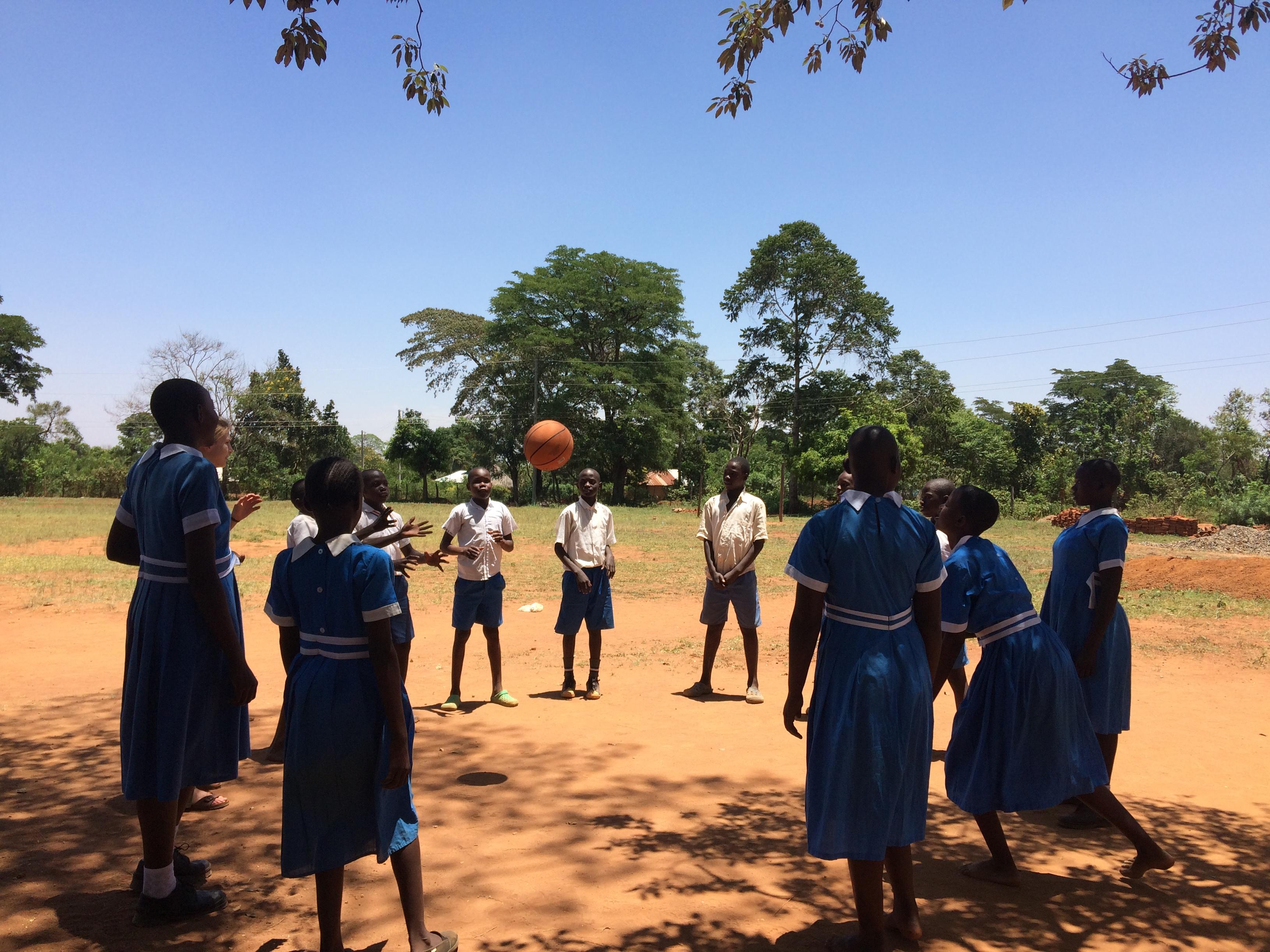 Bewegung in Uhola (10)
