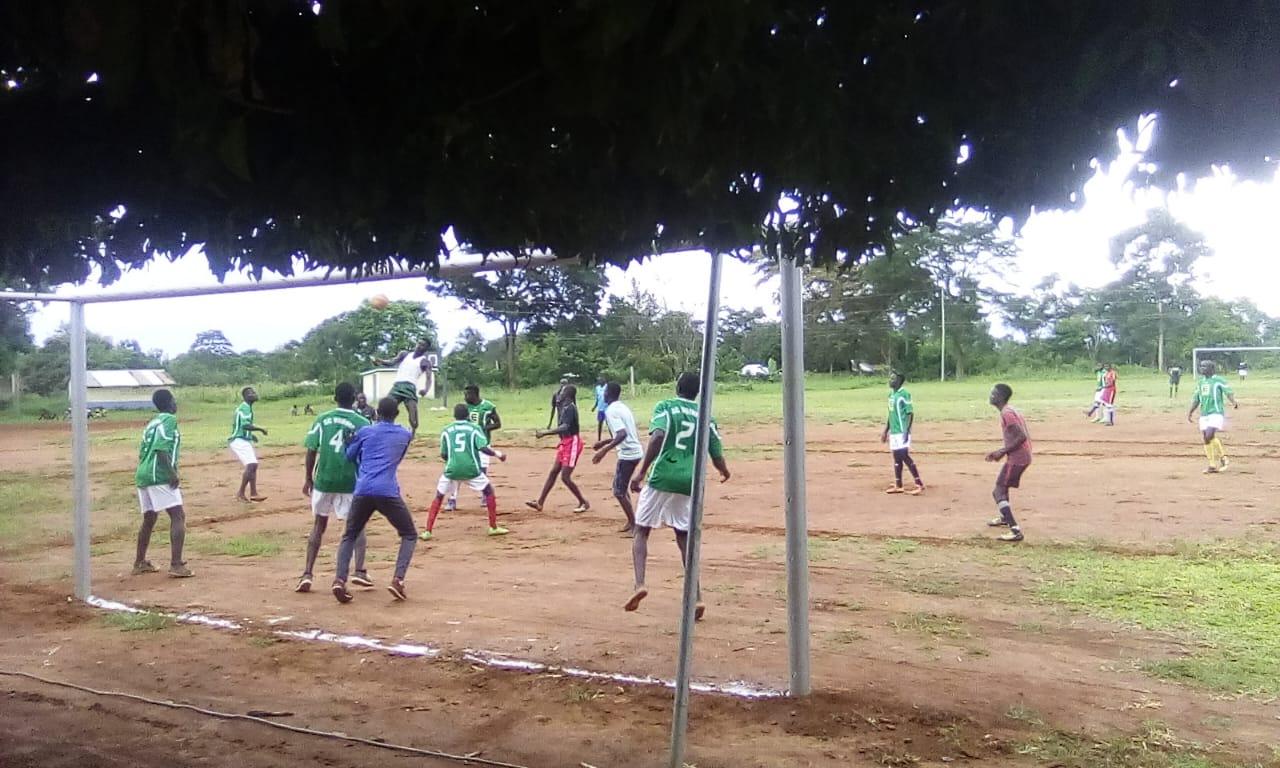 Bewegung in Uhola (6)