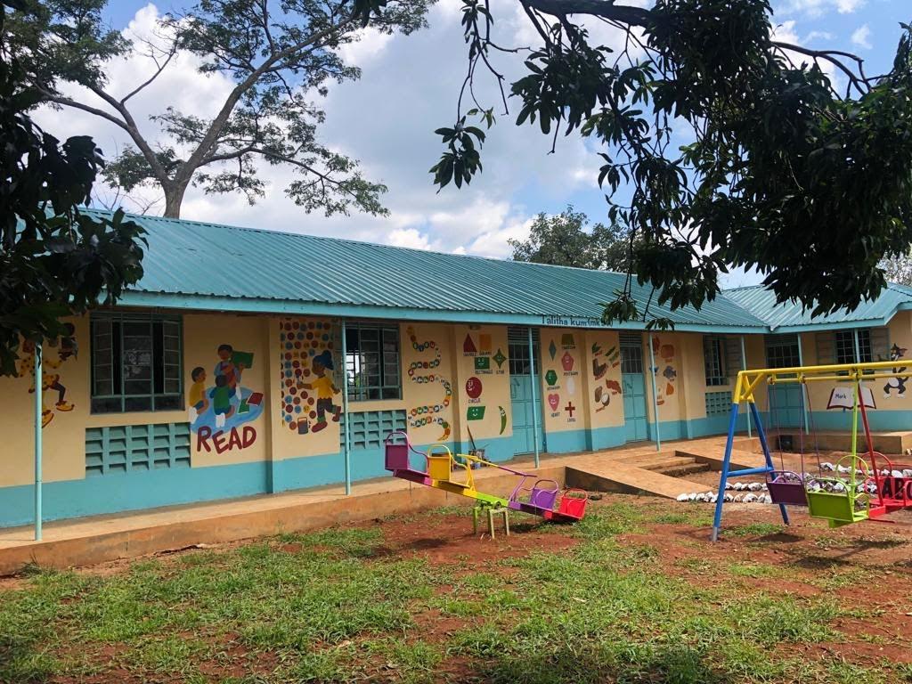 Neue Klassenräume für die UPS (45)
