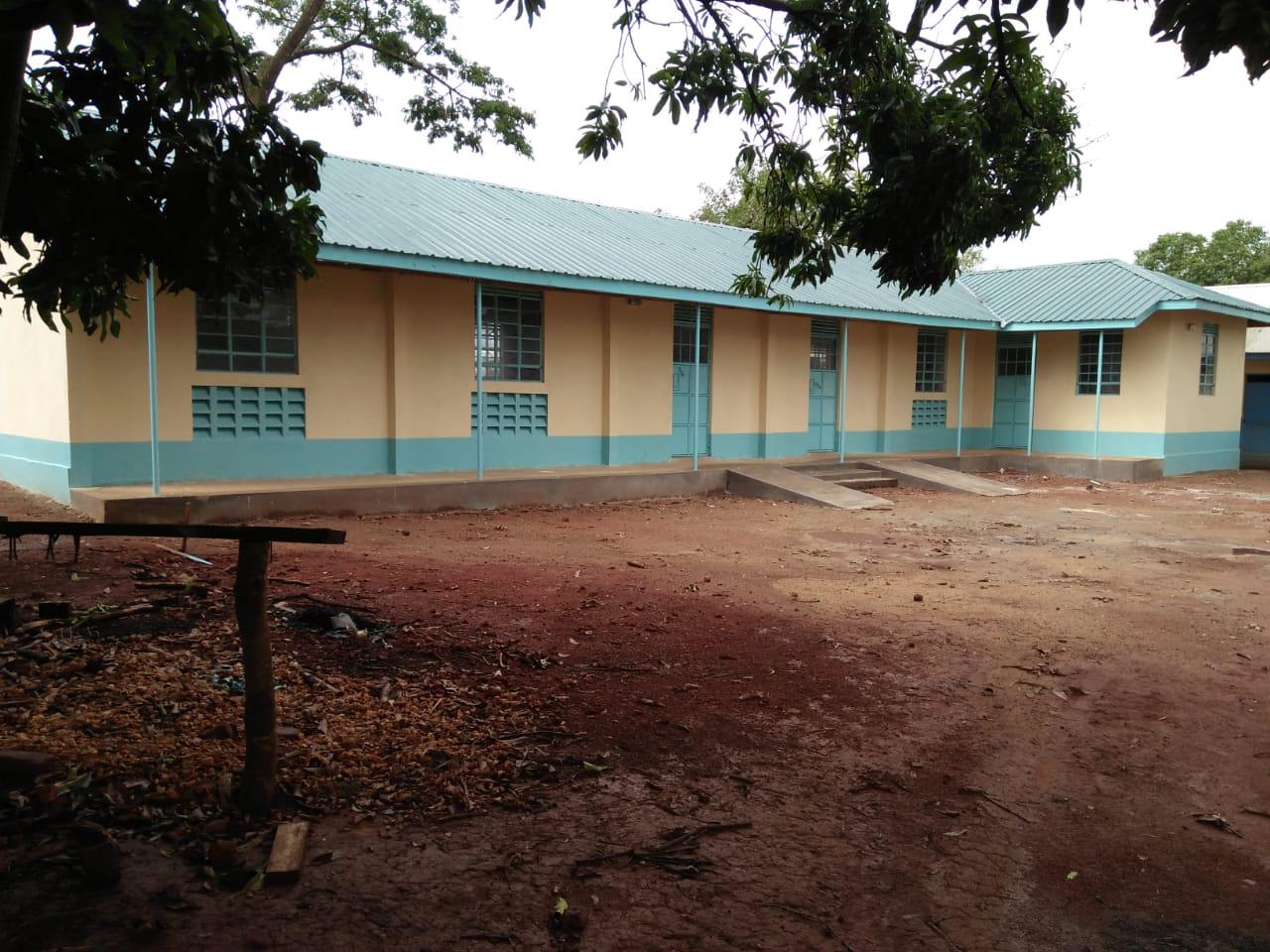 Neue Klassenräume für die UPS (5)